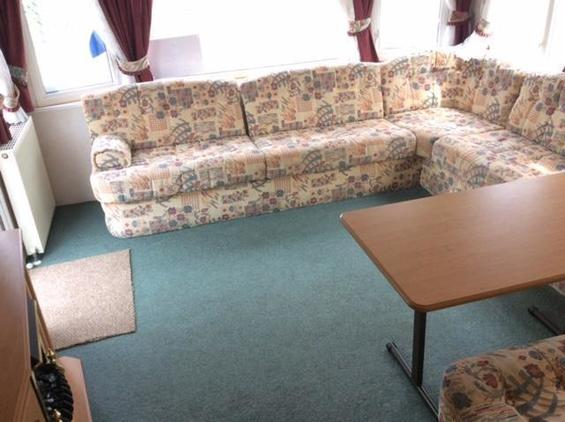 Pemberton Leisure Homes sovereign, 6 berth, (2005) Used - Good condition Static Caravans for sale