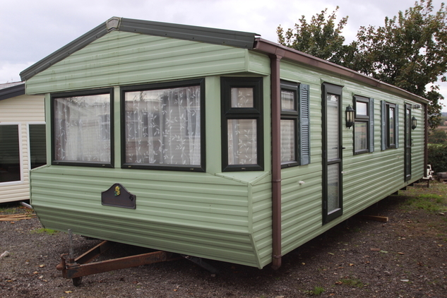 Willerby Sailsbury, 6 berth, (2004) Used - Good condition Static Caravans for sale